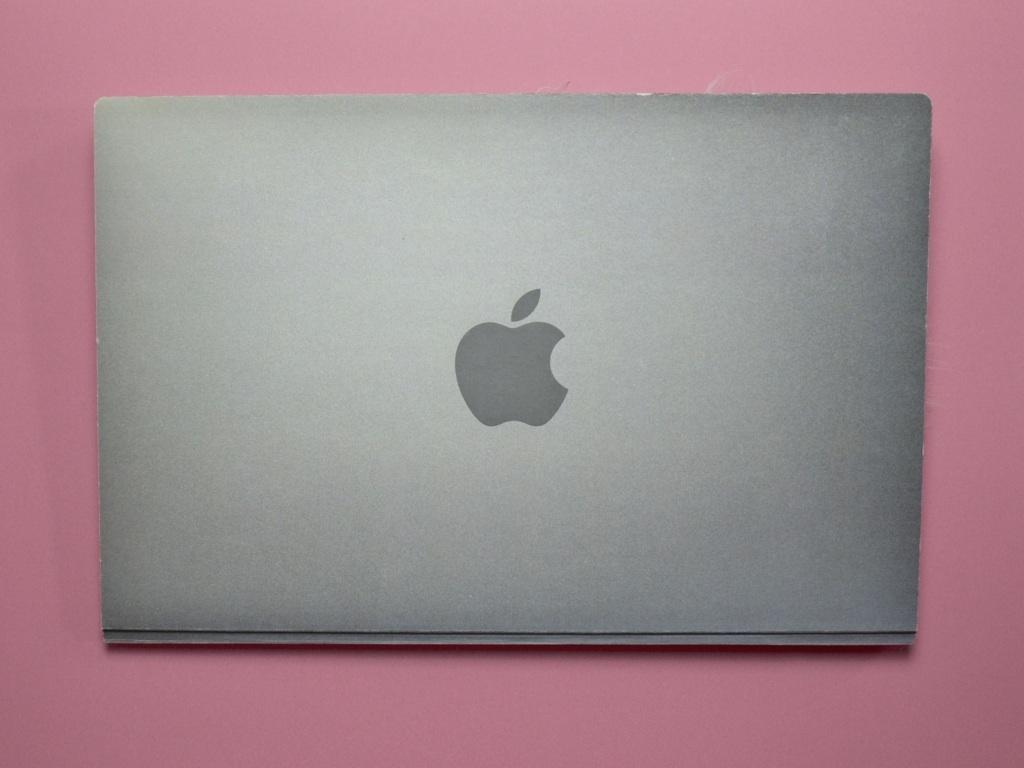 macbook portfolio design
