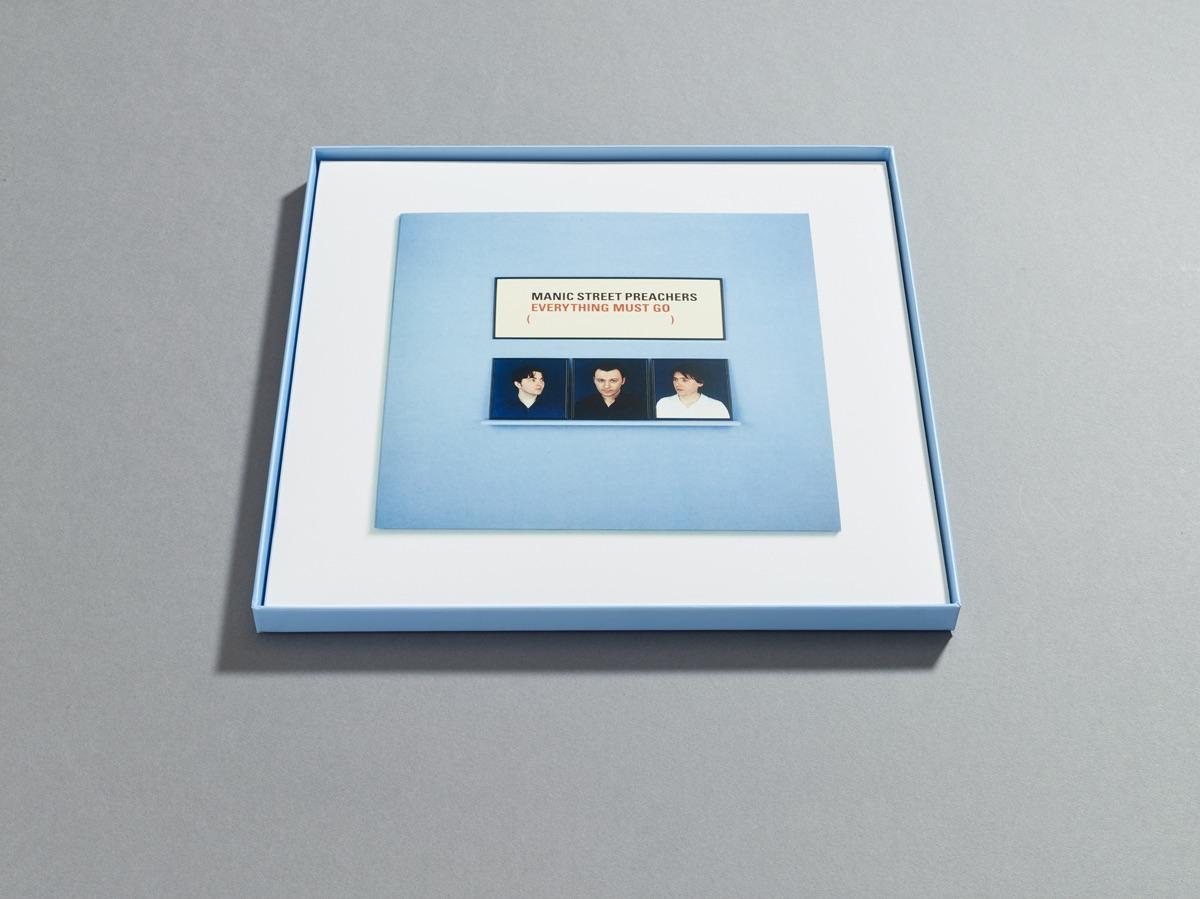box set packaging