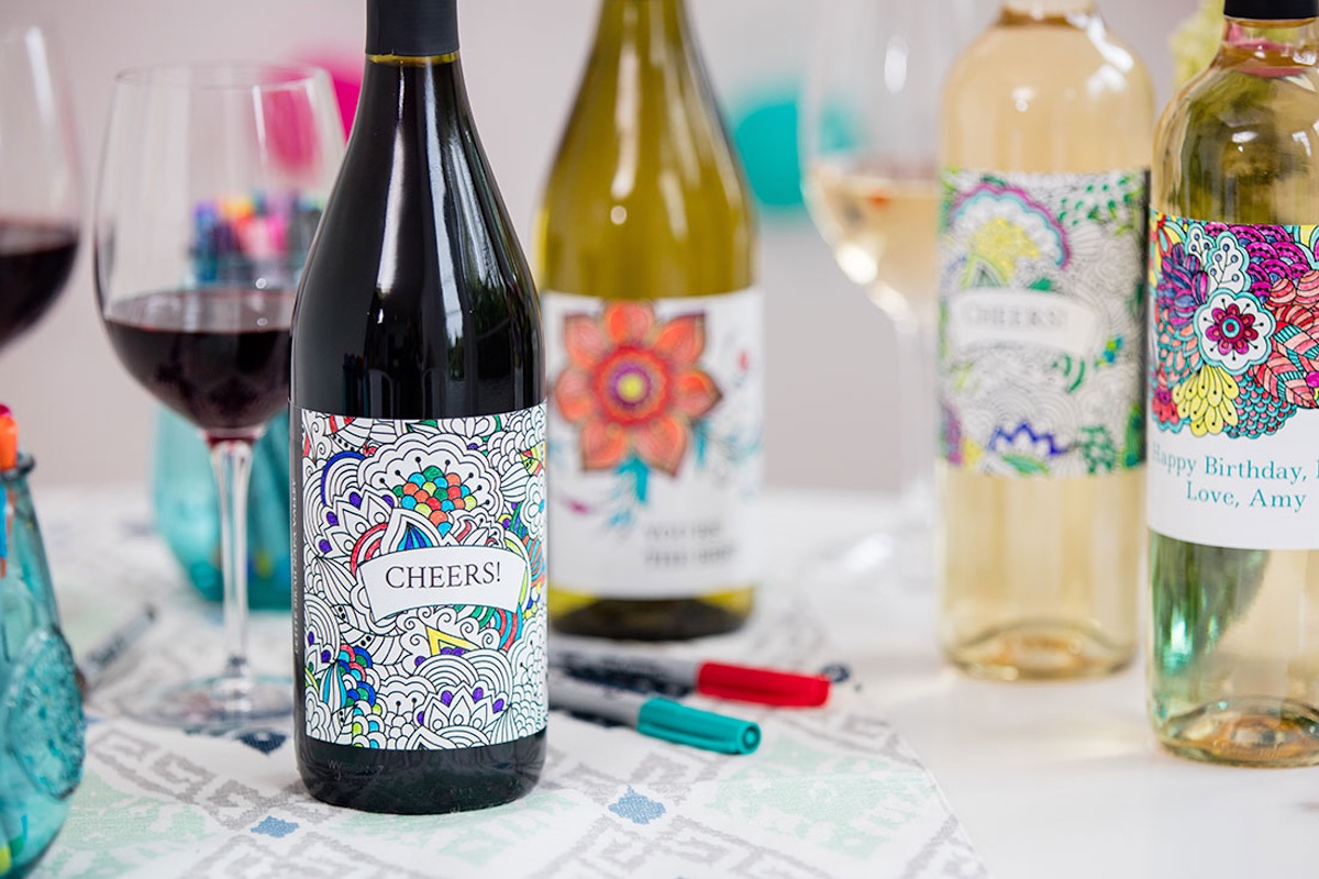 coloring wine label