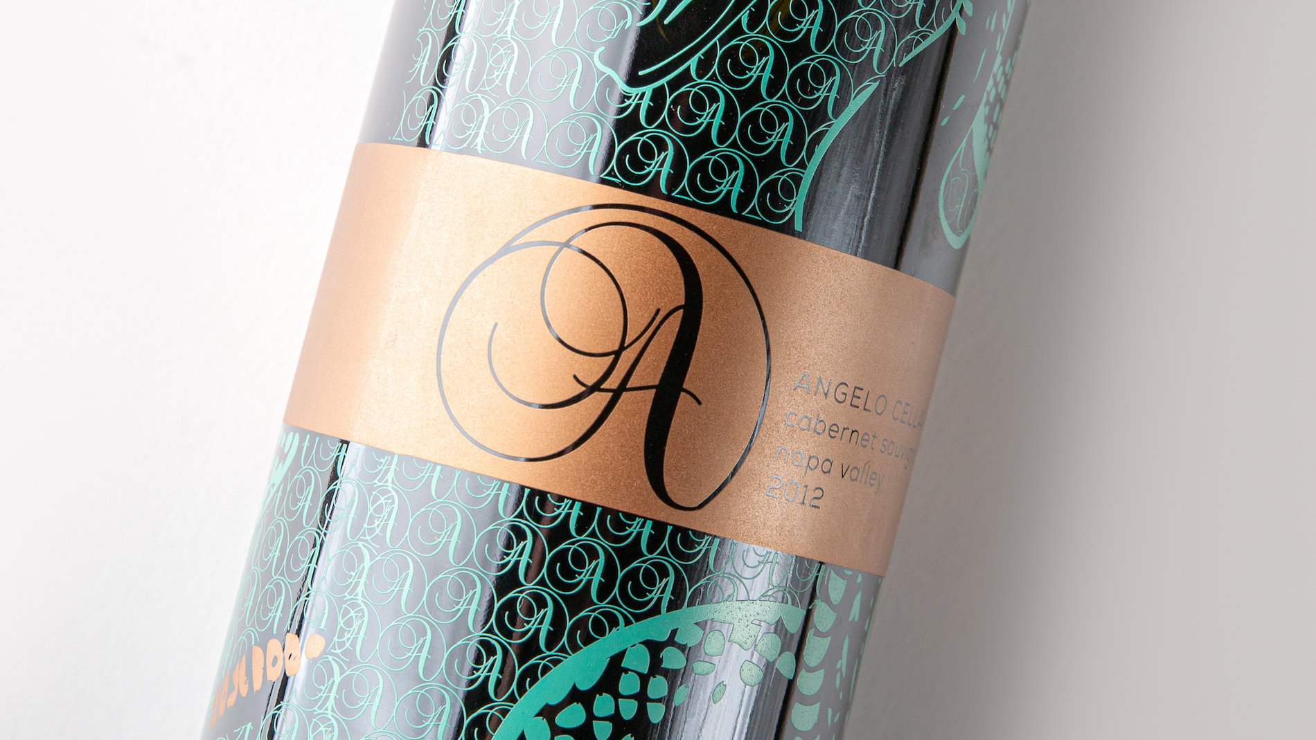 Screen-Printed Rattlesnake Wine Bottle - PaperSpecs